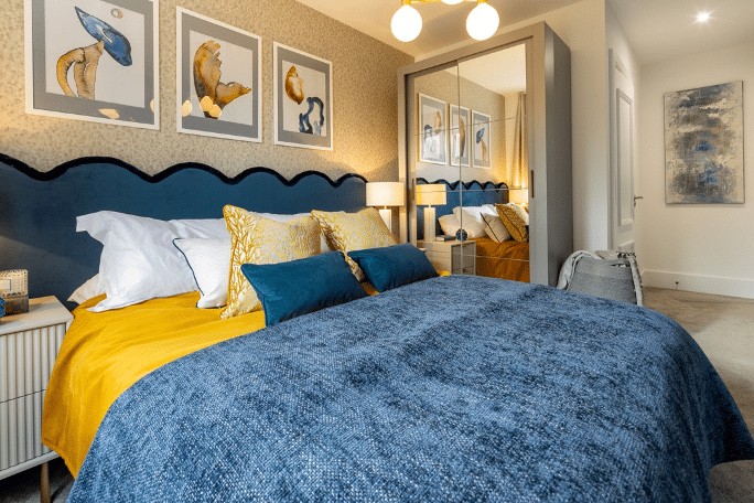 Luxury apartment bedroom at Trent Park, Enfield as part of a step by step Shared Ownership guide from Legal & General Affordable Homes.